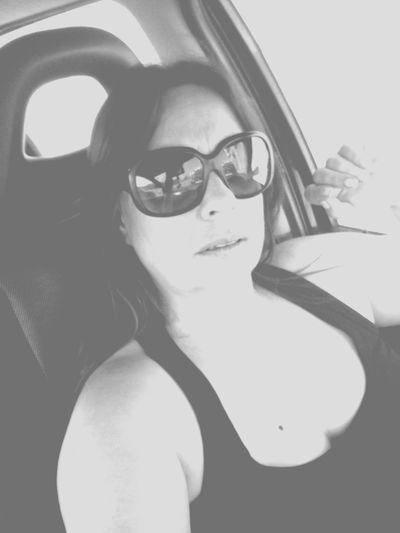 Buenos dias, buenas tardes En La Carretera My Face Blanckandwhite Aayy