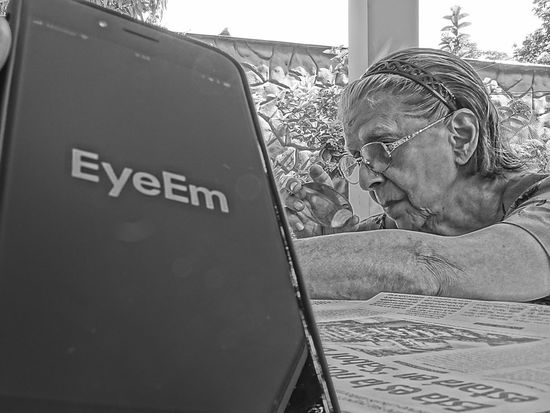 MMartenco One Person EyeEm Grandmother Reeding A Newspaper Ilovemygrandma