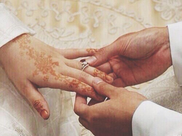 ❆ ʾ _ إذا أحببت فتاة ؟ فـ إذهب إليها من الباب الذي تُحب أن يأتي به الآخرون لـ أخواتُك ?'