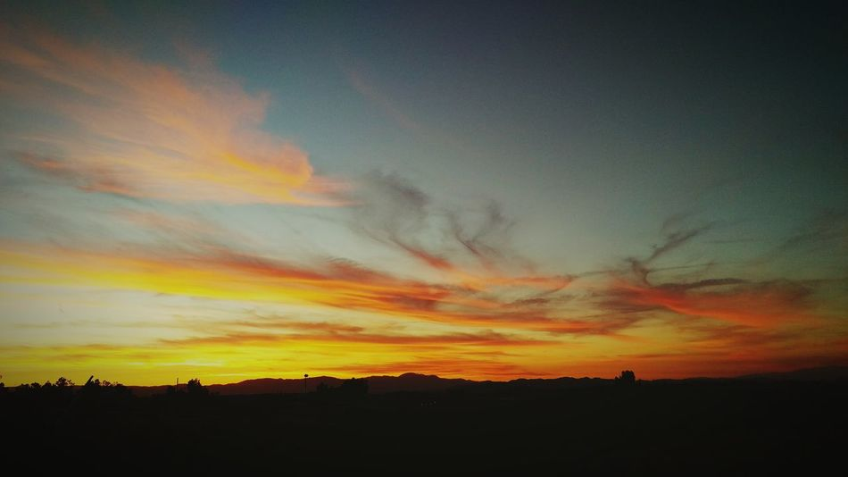 Fire In The Sky Sunset Warm Colors Beautiful Sky Country Sky Sunset On The Ranch