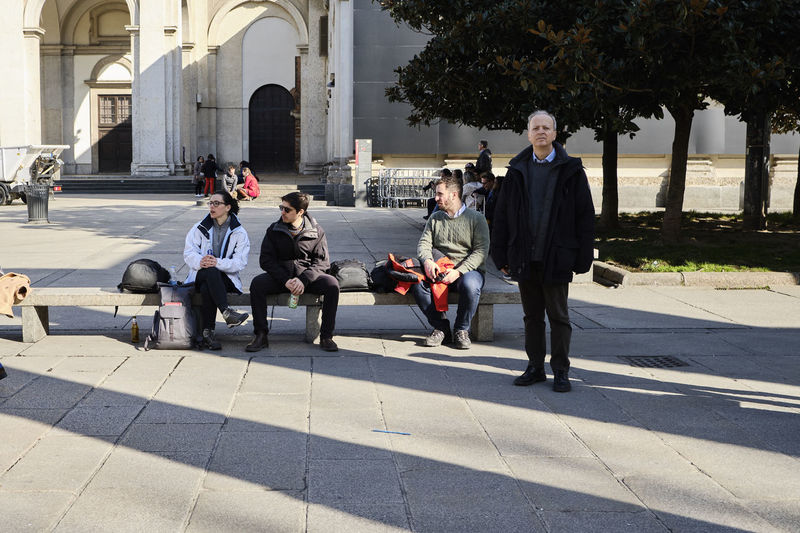 Colonne di San Lorenzo, Milano - March 2019 Milano Colonne Di San Lorenzo Candid Streetphotography Shadow Piazza Group Of People Architecture My Best Photo Streetwise Photography