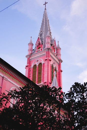 Low Angle View Travel Destinations Tree Architecture Outdoors Sky Day No People Built Structure Building Exterior City Tandinhchurch Pink Pink Color Church Church Tower Fujifilm Fujifilm_xseries FUJIFILM X-T10 Hochiminhcity Hochiminh Hochiminhtravel