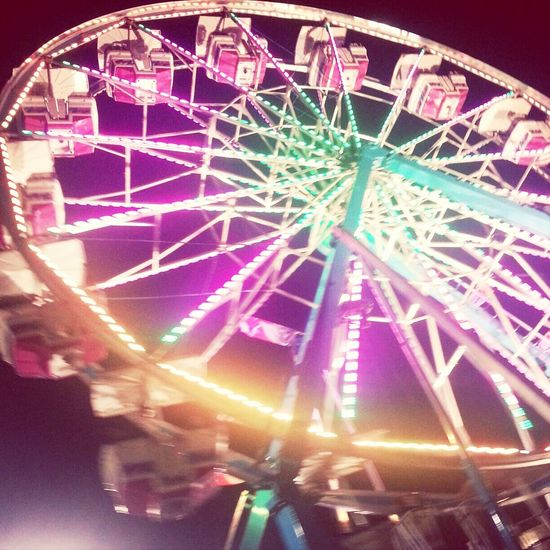 ♡ Faris Wheel Fair Bright Lights