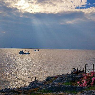 InstaPlace SICHANGISLAND Island Parihut Thailand Resort Sunshine Sea Igers