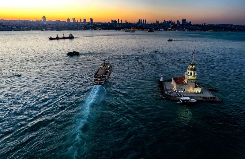 Kız kulesi ( Maiden tower) Photooftheday Photography Photo Vapur Istanbul Uskudar Kızkulesi Maidentower Drone  Nautical Vessel Sea Water Sunset Ship Outdoors Beach