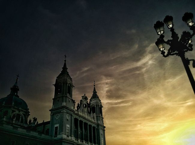 Catedral de la almudena Cathedral Sunsets Architecture Low Angle View Place Of Worship Historic Spain, Madrid, Tourism, Tourist, Buildings Creative Photography HDRphoto