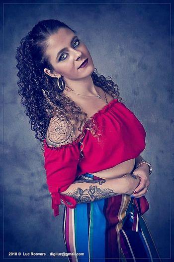 Portrait Beautiful Woman Beauty Beautiful People Studio Shot Looking At Camera Gray Background Red Fashion Young Women