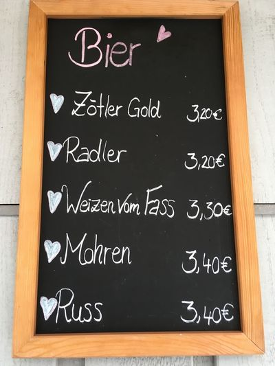 Bier Beer Text Blackboard  Board Western Script Communication No People Handwriting  Message Chalk - Art Equipment Menu Wood - Material