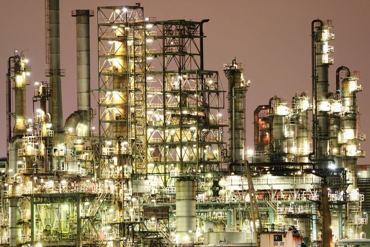 50+ Chemical Plant Pictures HD | Download Authentic Images on EyeEm