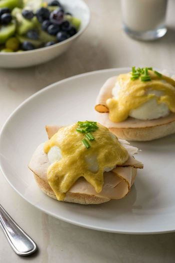 Eggs benedict with sliced chicken Savory Food Plate Food And Drink Food Indoors  No People Day Taking Photos Photoblogger Studio Shot Homemade