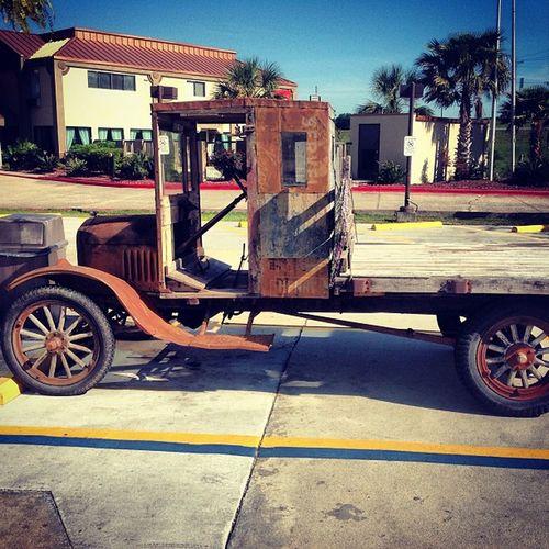 Old Vintage Car Truck Classic Antique Oldcar Classiccar Xecar Mississippi  Oldtruck Trailblazers_rurex Antiquecar Deepsouth OutcastAmerica Oldsouth Fredsfotofocus Outcastamerica_cars