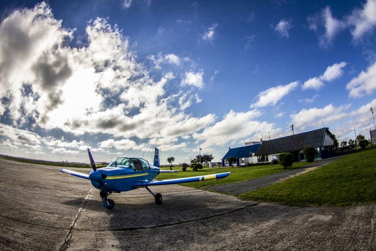 Avioneta Temeraria Aeródromo Airport Cloud Eyem Best Shots Fisheye Old Plane Sky Town