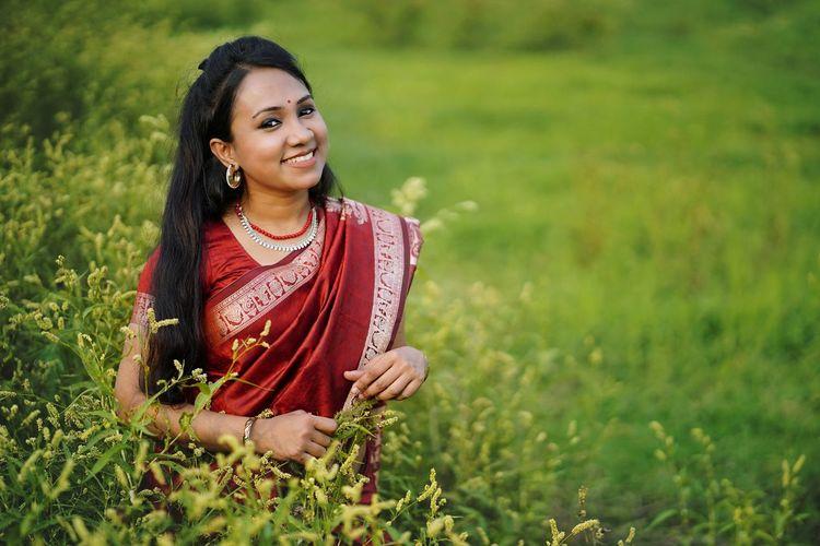 Red saree