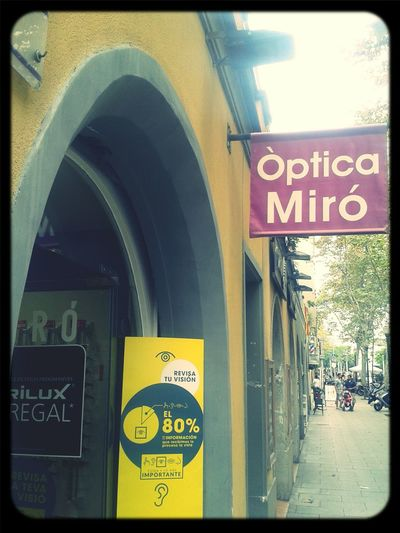 Enjoying Life les opticiens miro la blague. Barcelone