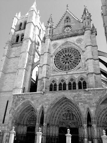 Cityscapes Catedral De Leon