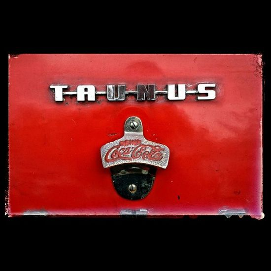 Bottle opener at the front! Vintage Car Transporter Yesteryear  red cocacola ford taunus