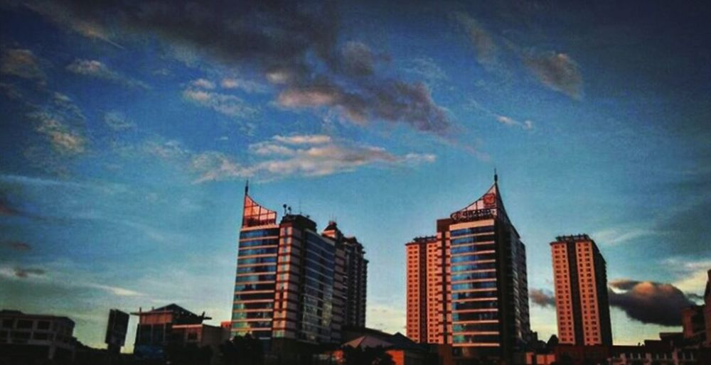 Stunning Architecture Sunset Marvelous Skyscrapers 1BORNEO Kotakinabalu Sabah Borneo Architecture_collection City Cityscapes The Great Outdoors - 2016 EyeEm Awards The Architect - 2016 EyeEm Awards