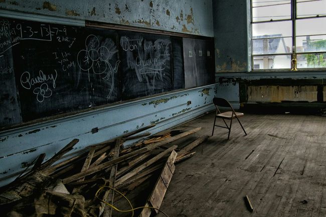 School needs to be a place of independent thought, not cookie cutter ideas Shootermag Fuzed_fotos EyeEm Best Shots Streamzoofamily Abandoned & Derelict Abandoned Building Abandoned School