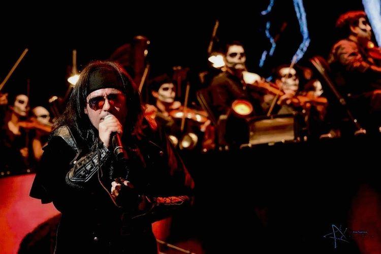 MagoDeOz aunque no pude ir al concierto se que fue algo inolvidable, tanto para la banda como para los fans de ellos GrandeMägo StayOz DiabulusInOpera