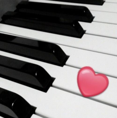Piano que j'aime tant. Piano Moments Of Life Dream Music Instrument Of Time