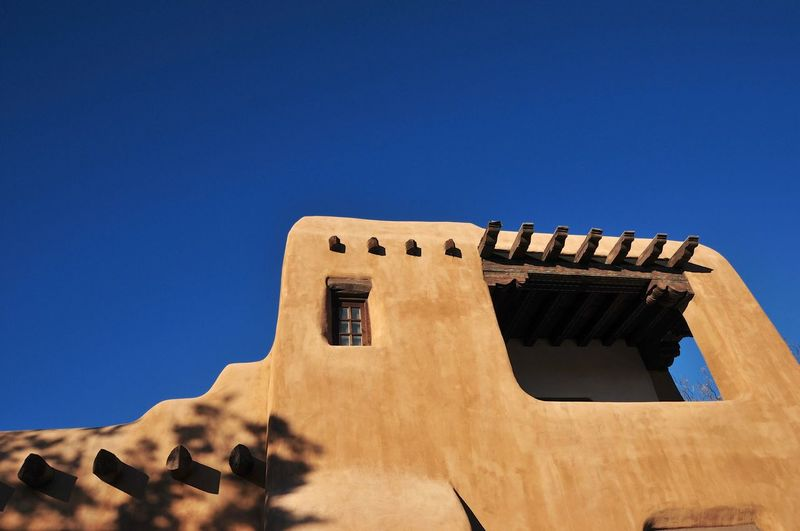 Santa Fe New Mexico Adobe Blue Sky No People Building Pueblo Adobe Structure
