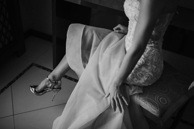 Shoes <3 Wedding Wedding Photography Bride Brides Time Real People Shoes Wedding Ceremony Wedding Day Wedding Dress Young Adult Young Women