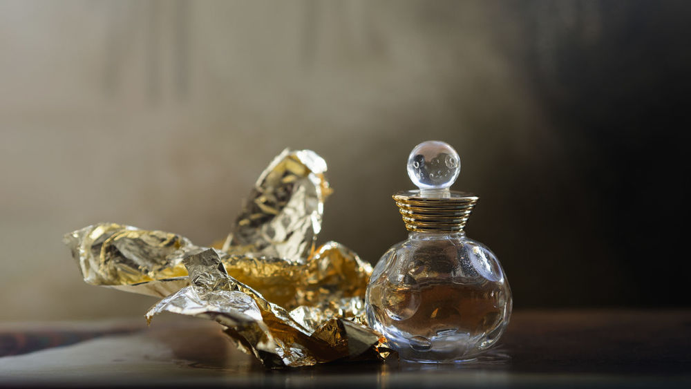 Dior Aromatherapy EyeEm Gallery Golden Light My Favorite Things Objects Of Interest Aromatic Beauty Close-up Fragrance Glass Glass - Material Golden Color Indoors  Light And Shadow Object Paper Perfume Perfume Bottle Perfume Lover Perfumecollection Perfumes