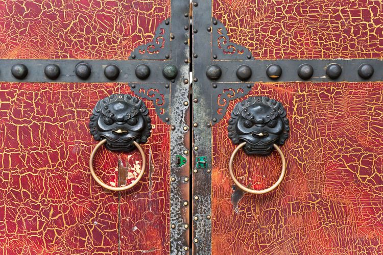 chinese old door Architecture Backgrounds Chinese Doors Chinese Decoration Chinese Door Chinese Door Knocker Close-up Closed Design Door Door Knocker Doorknob Entrance Full Frame Knob Metal No People Ornate Pattern Protection Red Safety Security Wood - Material