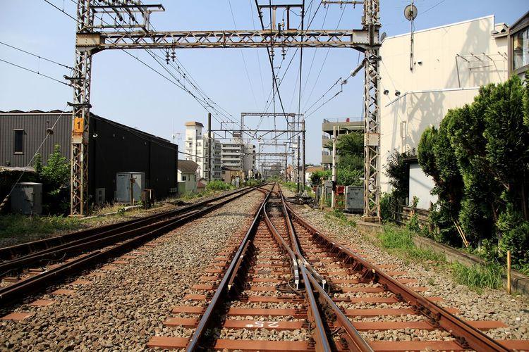 まっすぐな線路 小田急線 Railroad Track Rail Transportation Cable Electricity Pylon Sky Architecture Building Exterior Built Structure Railway Signal Railway Track