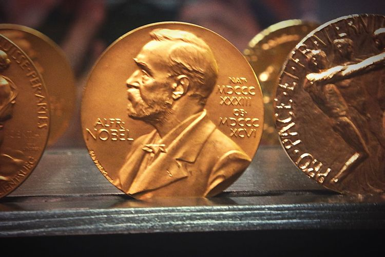 Gold Nobel Prize Medals Taking Photos Check This Out Closeup Getting Inspired