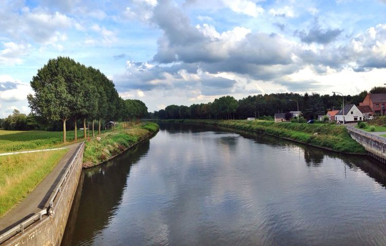One more Nature view from a Bridge in Belgium ! Landscape