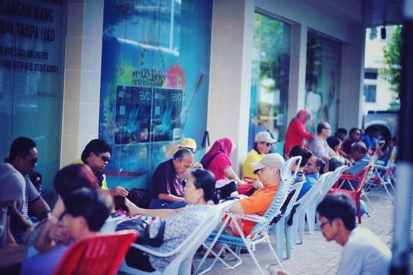 Street Reflexology Gaya Street - Kota Kinabalu , Sabah Gayastreet Kotakinabalu Sabah Negeribawahbayu Tourism Malaysia Reflexsology Market Pasar Vscomalaysia Vscography VSCO