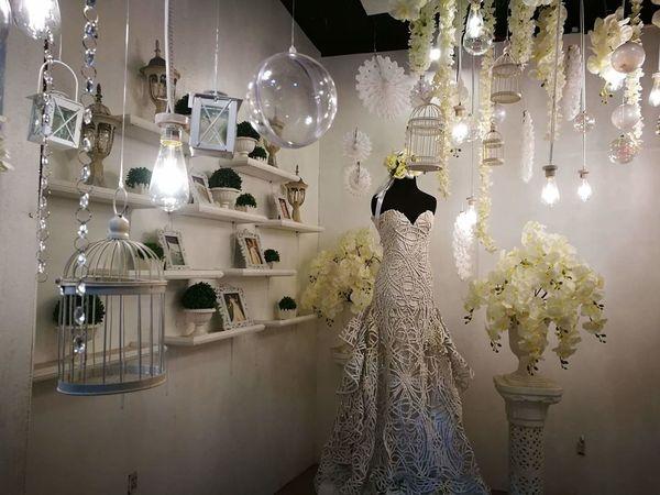 Illuminated No People Indoors  Celebration Gown White Gown Elegant Dress Wedding Dress Wedding Photography Chanderlier Showroom Display