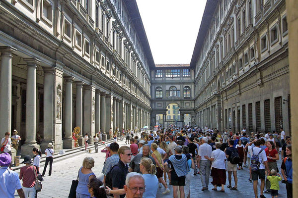 Outside the Uffizi Gallery - Florence, Italy Adult Adults Only Architectural Column Architecture Building Exterior Built Structure City Clear Sky Day Florence, Italy Large Group Of People Outdoors People Real People Sky The World Before Bin Laden Travel Destinations Uffizigallery Women