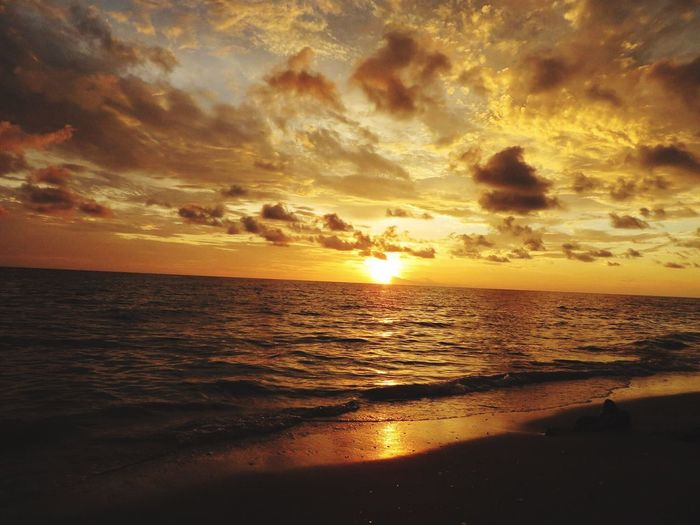 Engelwood Beach Florida Sunset Sea Scenics Horizon Over Water Beauty In Nature Tranquil Scene Water Sky Nature Sun Beach Tranquility Idyllic Cloud - Sky Silhouette No People Outdoors Ocean Florida Gulf Coast Sunset And Clouds