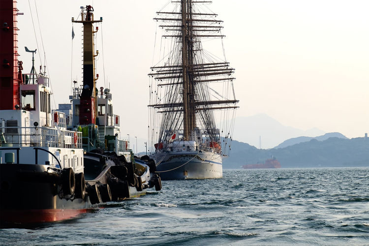 門司港 日本丸ふたたび : Harbor Sea Ship Water Kitakyushu Fukuoka EyeEm Best Shots EyeEm Gallery Taking Photos Light And Shadow Summer Japan Fujifilm_xseries FUJIFILM X-T1 Summer2016 Mojiko Mojikou