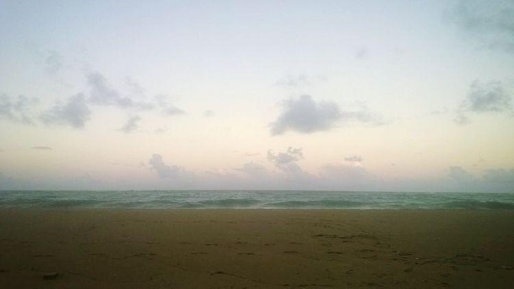 Praia de Ponta Verde. Foto tirada pelo Dan Telles. Que maravilha quando alguém lembra de mim quando vai à praia! ♡ Amomuito Vibepositiva Mar Praia PontaVerde Maceió Brazil