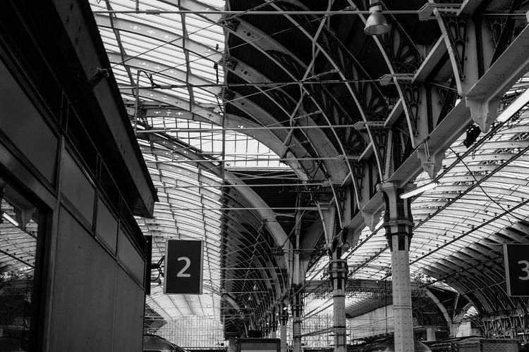 Paddington Station Paddington London LONDON❤ Train Station Ceiling Ceiling Design Ceiling Architecture Blackandwhite Blackandwhite Photography The Architect - 2016 EyeEm Awards