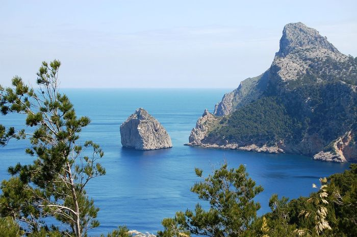 Beauty In Nature Blue Boat Trip Calm Clear Sky Cliff Day Flowers Holiday Horizon Over Water Idyllic Majestic Majorca Nature No People Non-urban Scene Outdoors Rock Formation Scenics Sea Seeside SPAIN Tranquility Water