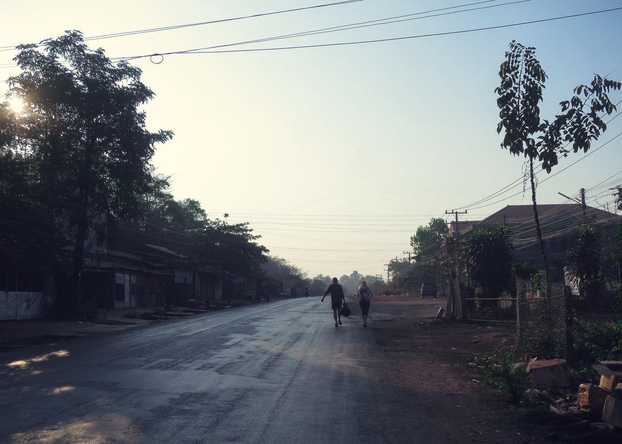 MEN ON ROAD