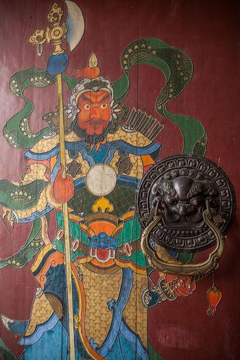 Chinese Art of Door. Photo by Rattail Sirijirasuk Art Art And Craft China China Beauty Chinese Chinese Architecture Chinese Art Chinese Culture Chinese Painting Chinese Style Chinese Temple Chinese Warrior Colorful Door Doors Red