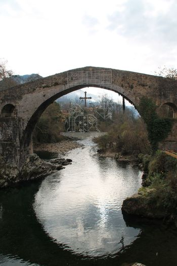 Hanging Out EyeEm Best Shots Reflection Taking Photos Enjoying Life Check This Out Day Tranquility Outdoors Beauty In Nature No People Sky Architecture Bridge Nature Water Asturias Tranquil Scene Bridge - Man Made Structure Roman History Antique