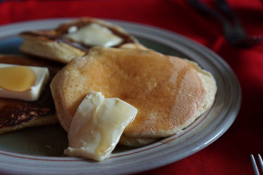Brunch Lunch Meal Butter Shuffle Pancakes Fluffy Pancakes Pancakes Food And Drink Plate Food Indoors  Ready-to-eat Serving Size Close-up Table Healthy Eating Breakfast