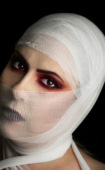 mummy Only Women One Woman Only Adult Human Body Part One Young Woman Only Adults Only One Person Human Face Young Adult Beautiful Woman Portrait People Beauty Beautiful People Looking At Camera Women Young Women Healthcare And Medicine Human Eye Black Background The Portraitist - 2018 EyeEm Awards
