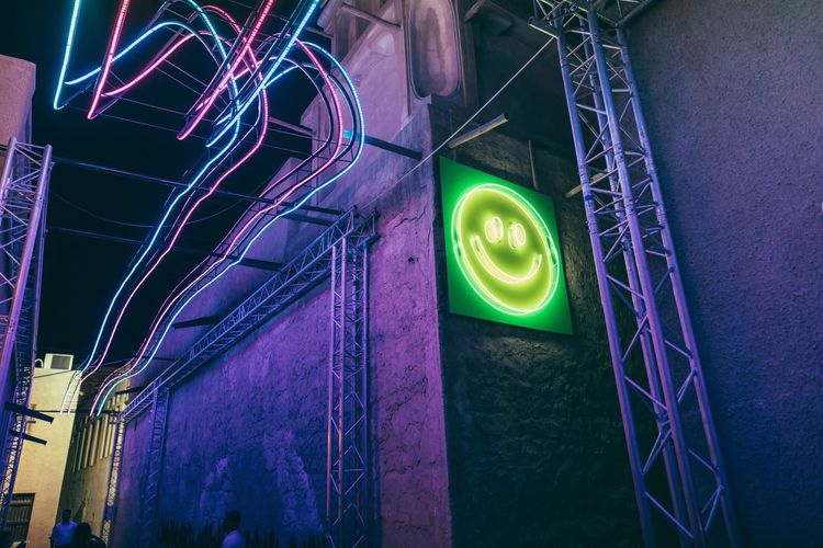 Illuminated Built Structure Night Low Angle View No People Architecture City Modern Outdoors Neon Lights Neon Neon Sign Welcome To Black BYOPaper! The Architect - 2017 EyeEm Awards