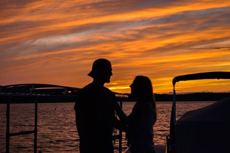 Silhouette Sunset Love Couple In Silhouette Clouds And Sky Cloud Sunset Silhouettes