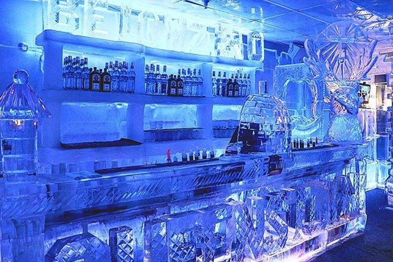 In the largest ice bar in the southern hemisphere, Below Zero Ice Bar in Queenstown, NZ. Over 35 tonnes of crystal ice! They serve you drinks in a cup made of ice too. Nzmustdo Queenstownlive Travel Canon Canon760D Superhubs_souls Belowzeroicebar