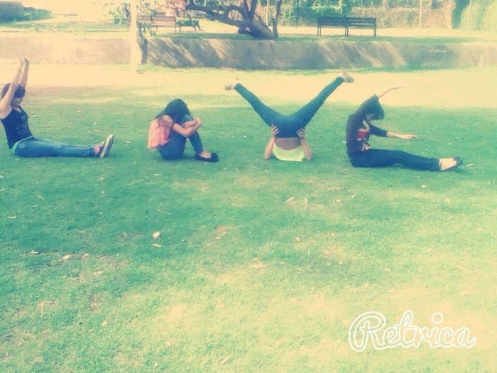 Love ♥ Amigas En El Parque