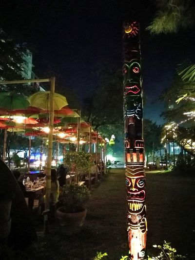 Tribal night Nighlife Chill streets