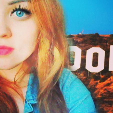 Bored Xyz Hollywood Polishgirl student selfie instagirl